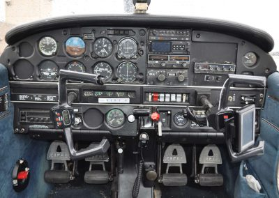 piper-warror-cockpit-cropped